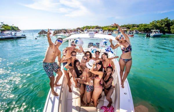 Cholon Party boat tour