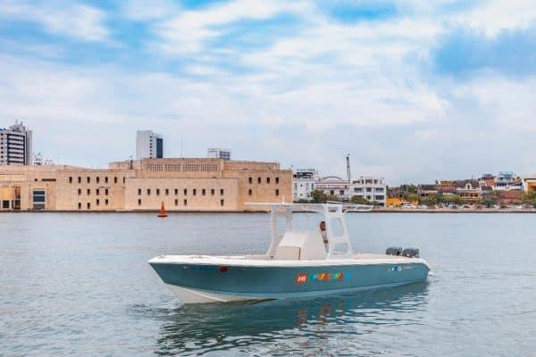 30ft Luxury Speedboat