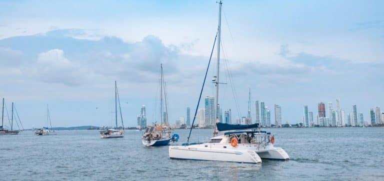 Catamaran 38 ft