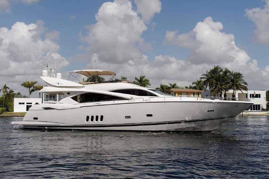 82-Ft Sunseeker Yacht