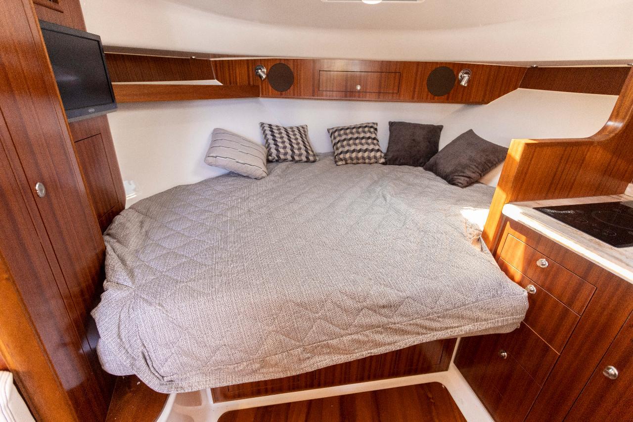 40ft 2019 Mini Yacht