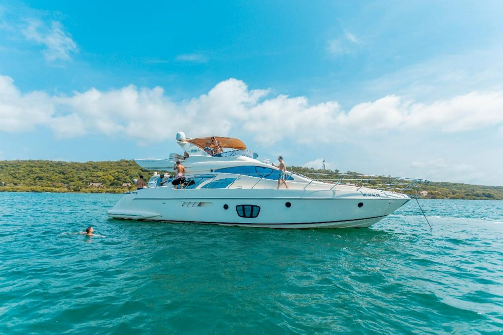 Yacht Azimut 55ft