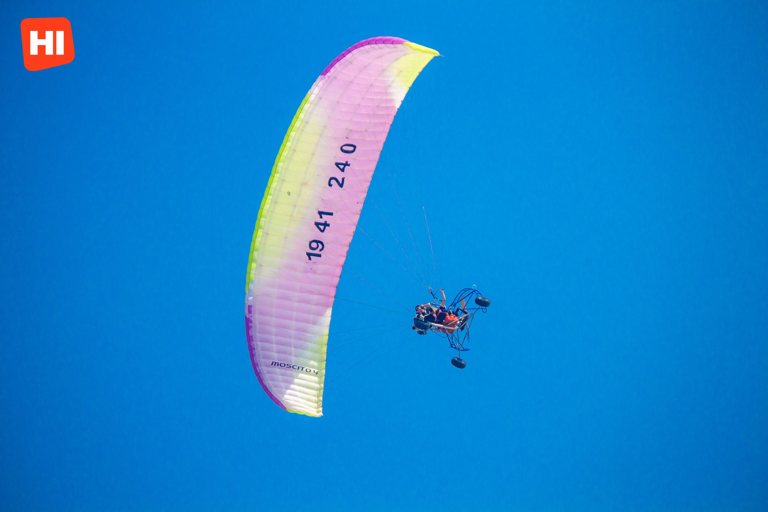 Paragliding in Cartagena