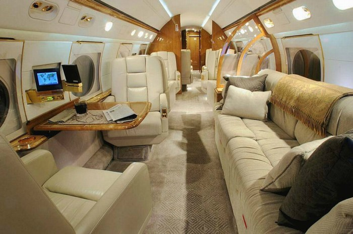 Private-Aircraft-5