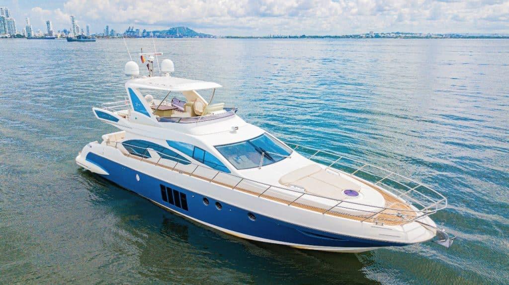 Yacht Azimut 64