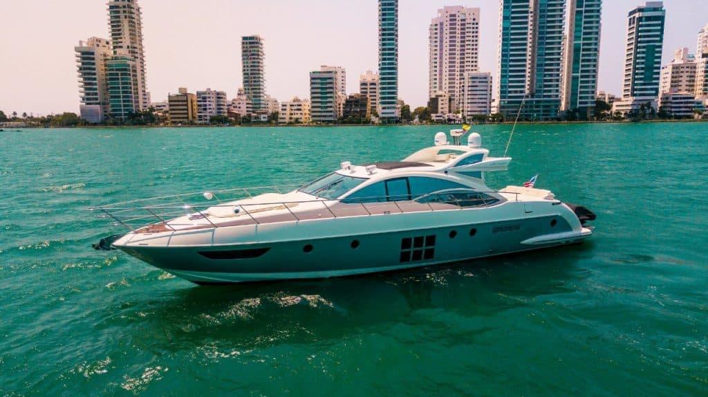 62S Yacht Azimut