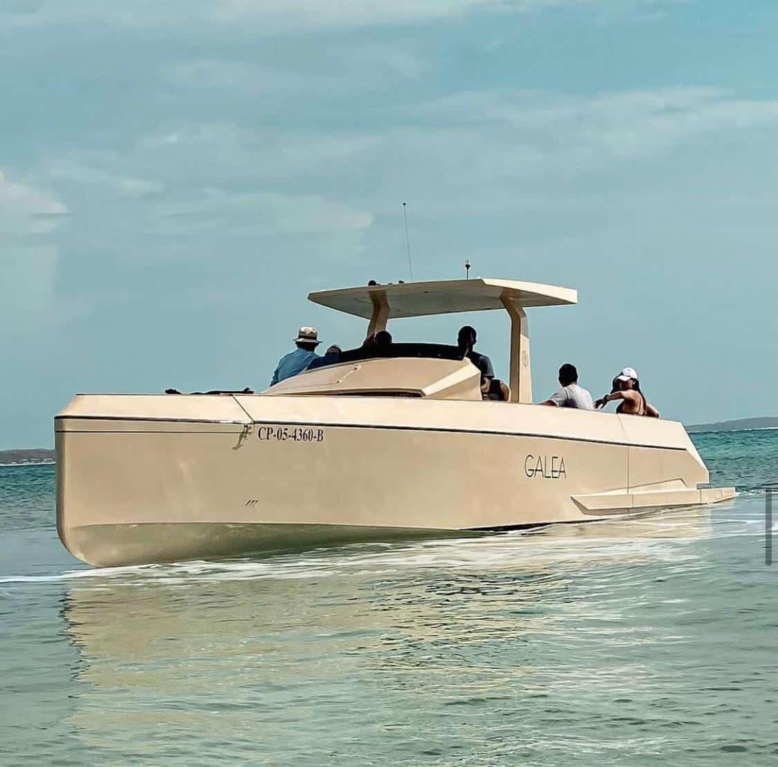 Speedboat 39