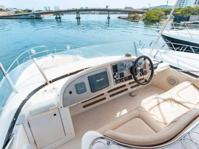 47ft Prestige Yacht