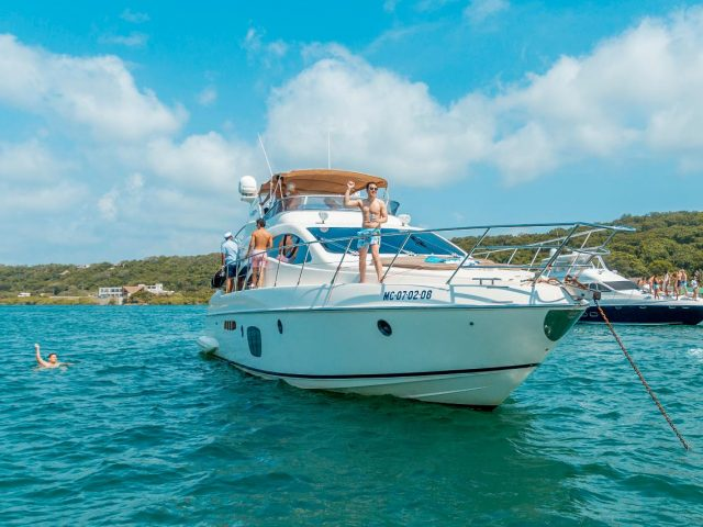 55-ft Azimut Yacht
